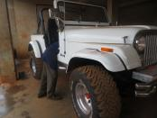 Jeep_Mitsubish_Model1983_frontview_right.jpg
